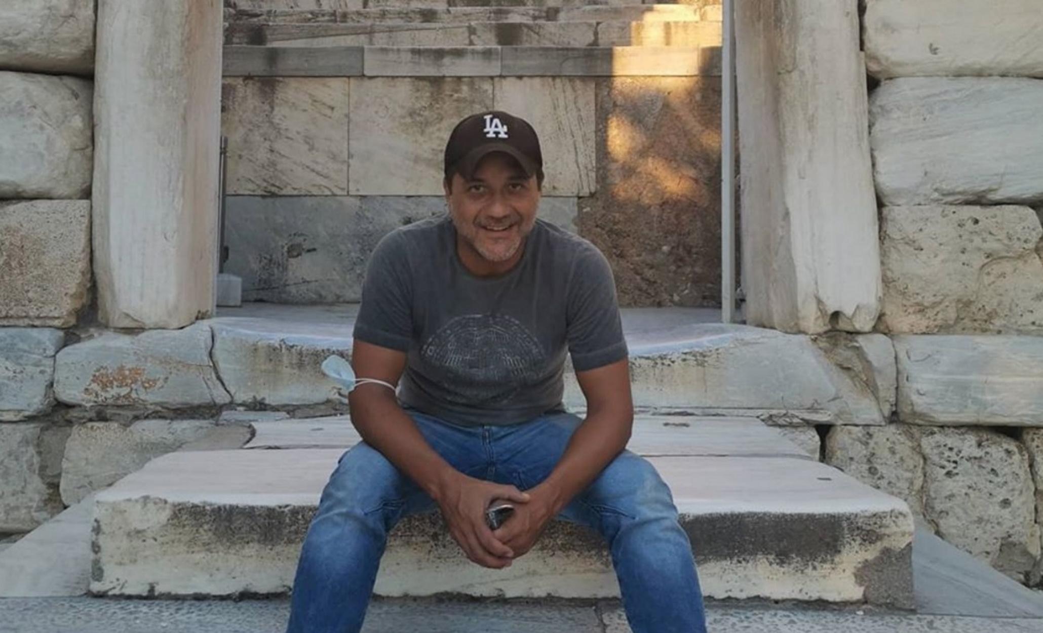 """Για διακοπές στην Ελλάδα ο """"Arturito"""" από το La Casa de Papel"""