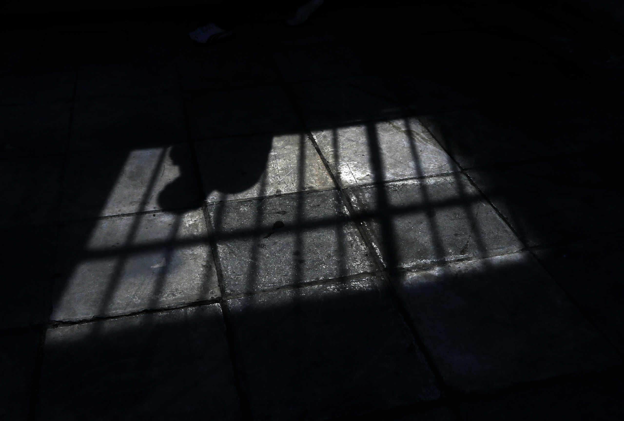 Θεσσαλονίκη: Κρατούμενος – ηγέτης κυκλώματος που «γέμιζε» ναρκωτικά την πόλη