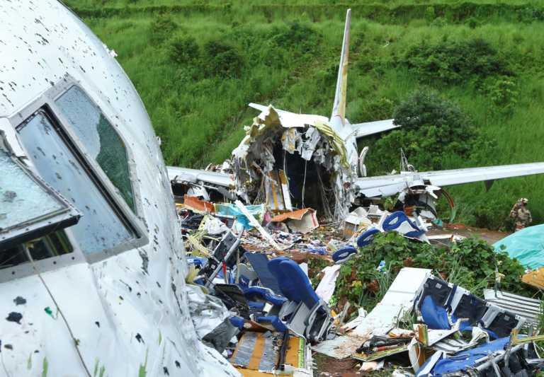 Ινδία: Στους 18 οι νεκροί από το αεροπορικό δυστύχημα - Σοκαριστικές εικόνες