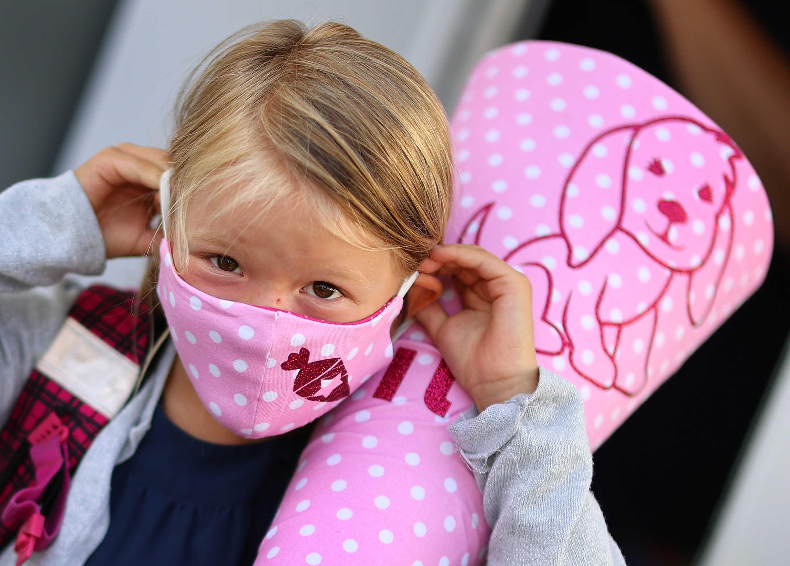"""Αποκάλυψη Κεραμέως: """"Η μάσκα δε θα είναι υποχρεωτική στα διαλείμματα – Μόνο στους εσωτερικούς χώρους των σχολείων"""""""