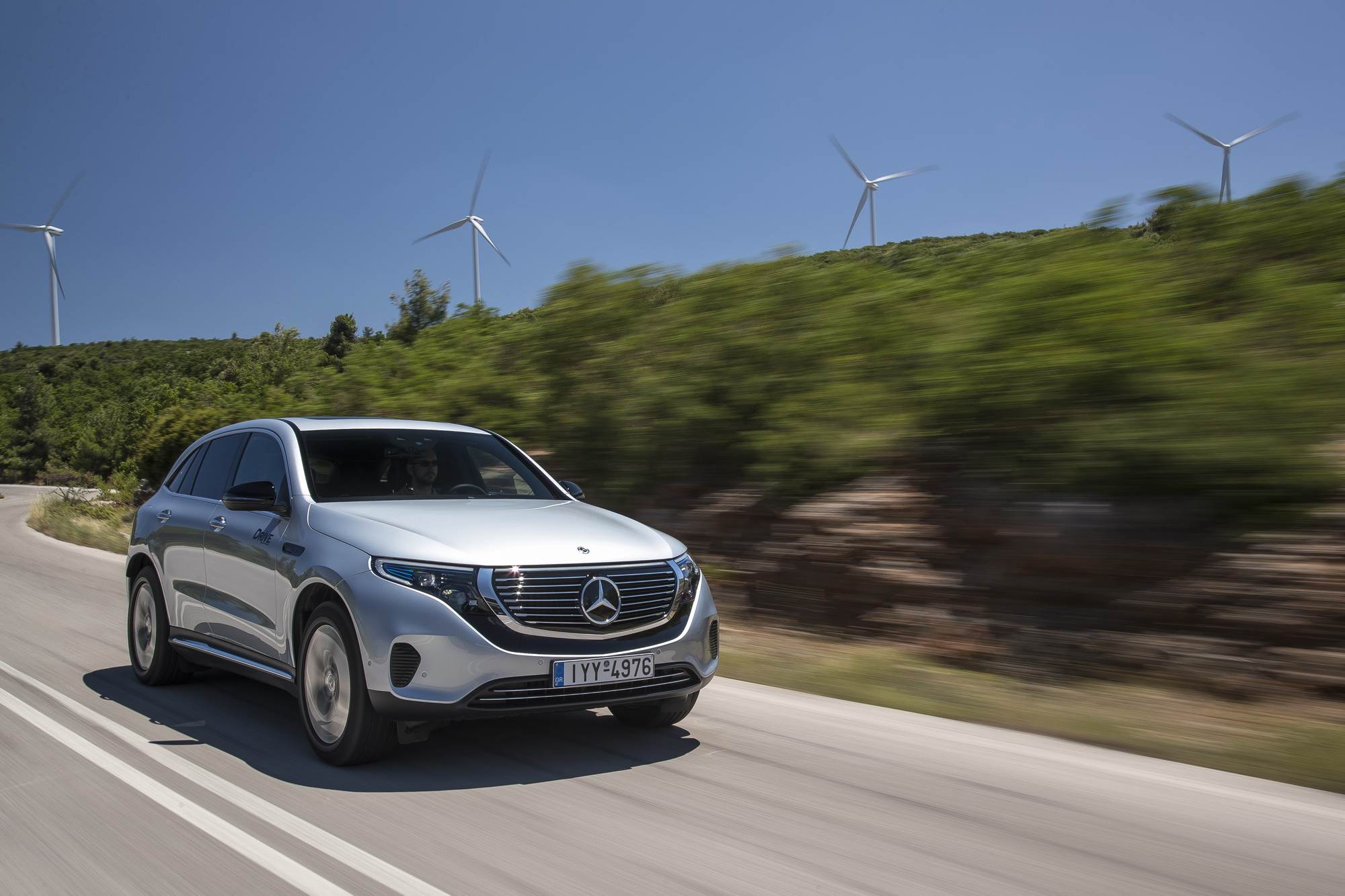 Οδηγούμε την ηλεκτρική Mercedes-Benz EQC 400 4MATIC [pics]