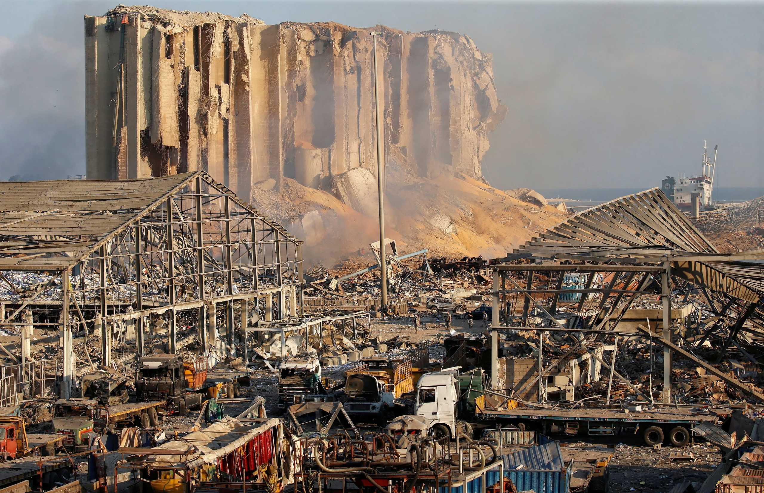 Βηρυτός: Μια Ελληνίδα ανάμεσα στους νεκρούς – 300.000 άστεγοι από τις πανίσχυρες εκρήξεις...