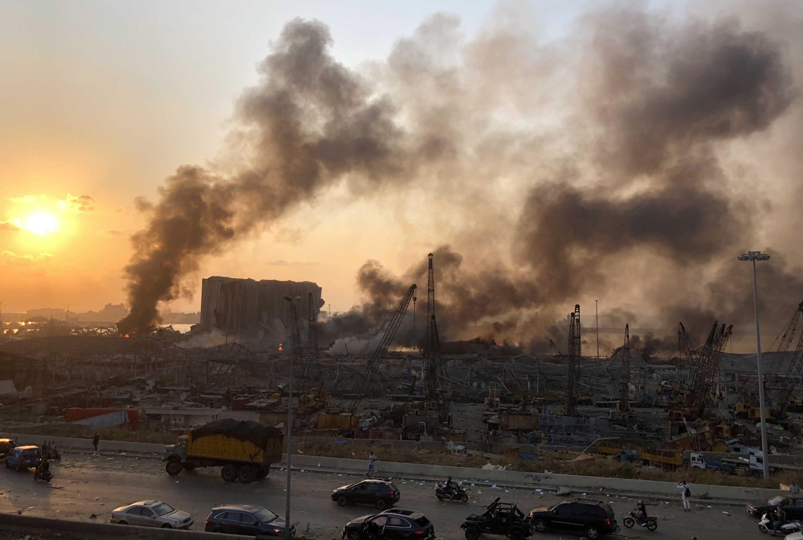 Βηρυτός: Τουλάχιστον 78 νεκροί και 4.000 τραυματίες από τις κολοσσιαίες εκρήξεις – Ανατινάχτηκαν 2.750 τόνοι νιτρικού αμμωνίου!