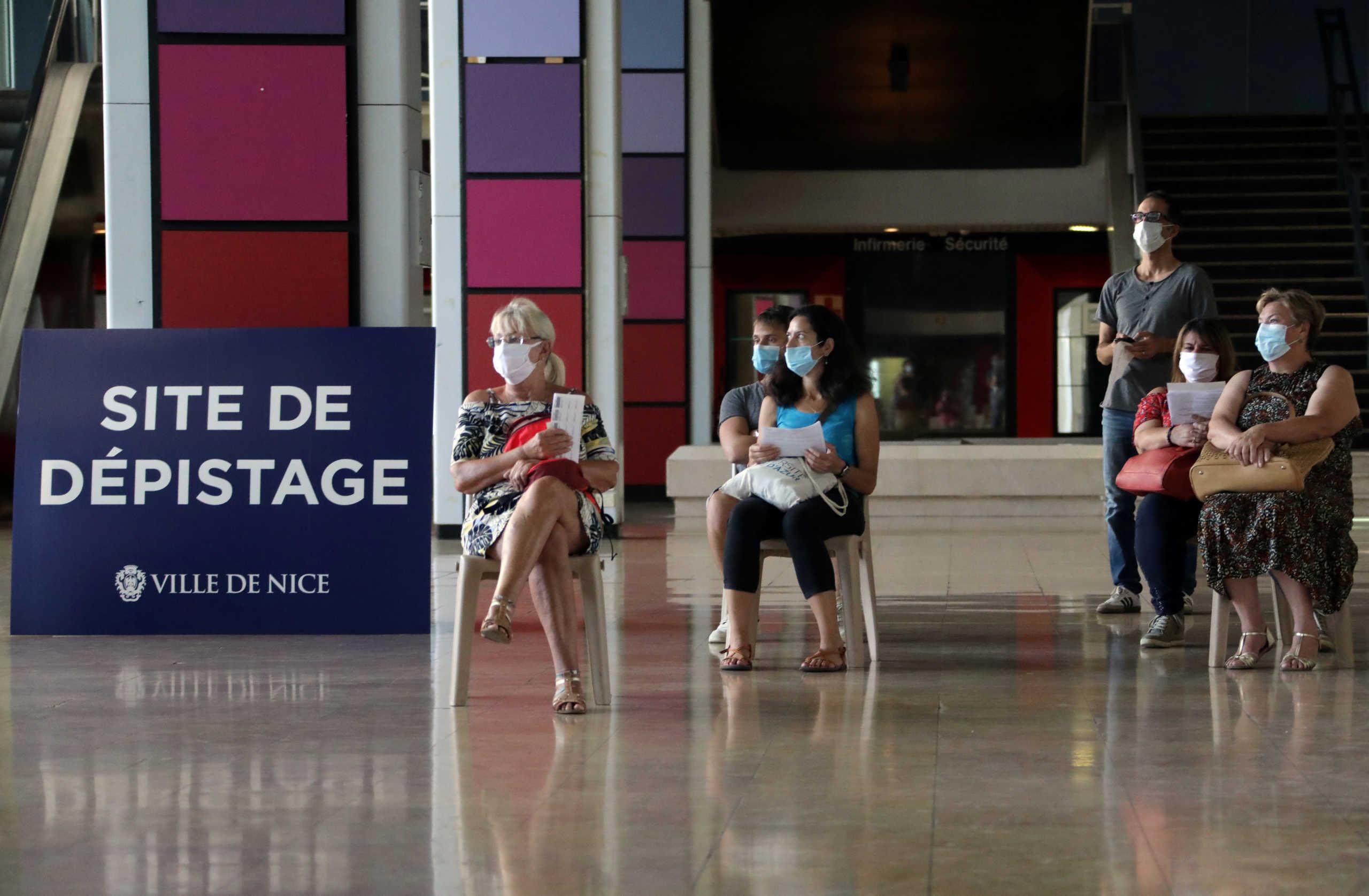 Κορονοϊός: Η κορύφωση του δεύτερου κύματος έχει περάσει στη Γαλλία