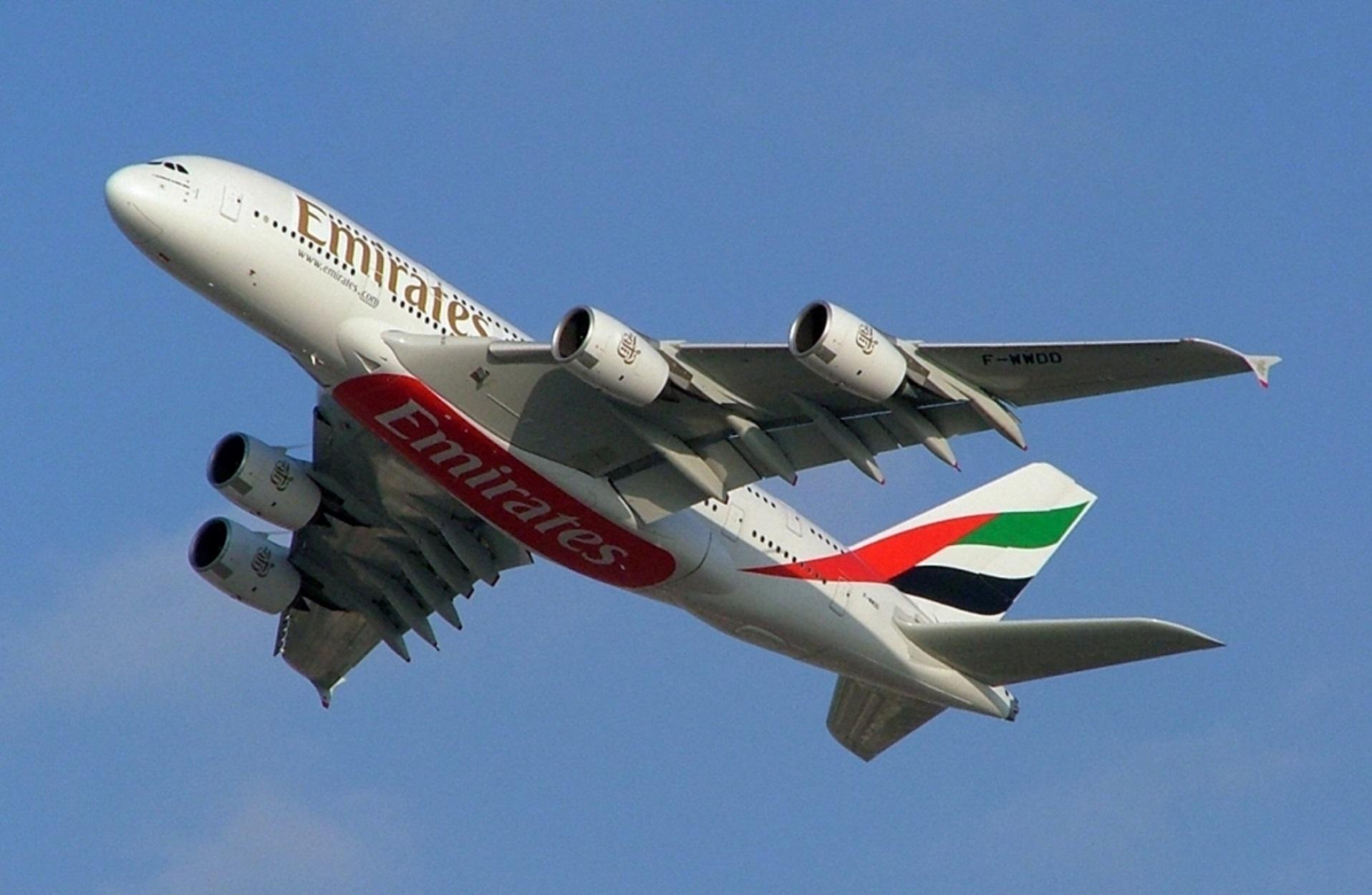 Emirates: Επέστρεψε ποσό – μαμούθ στους πελάτες της