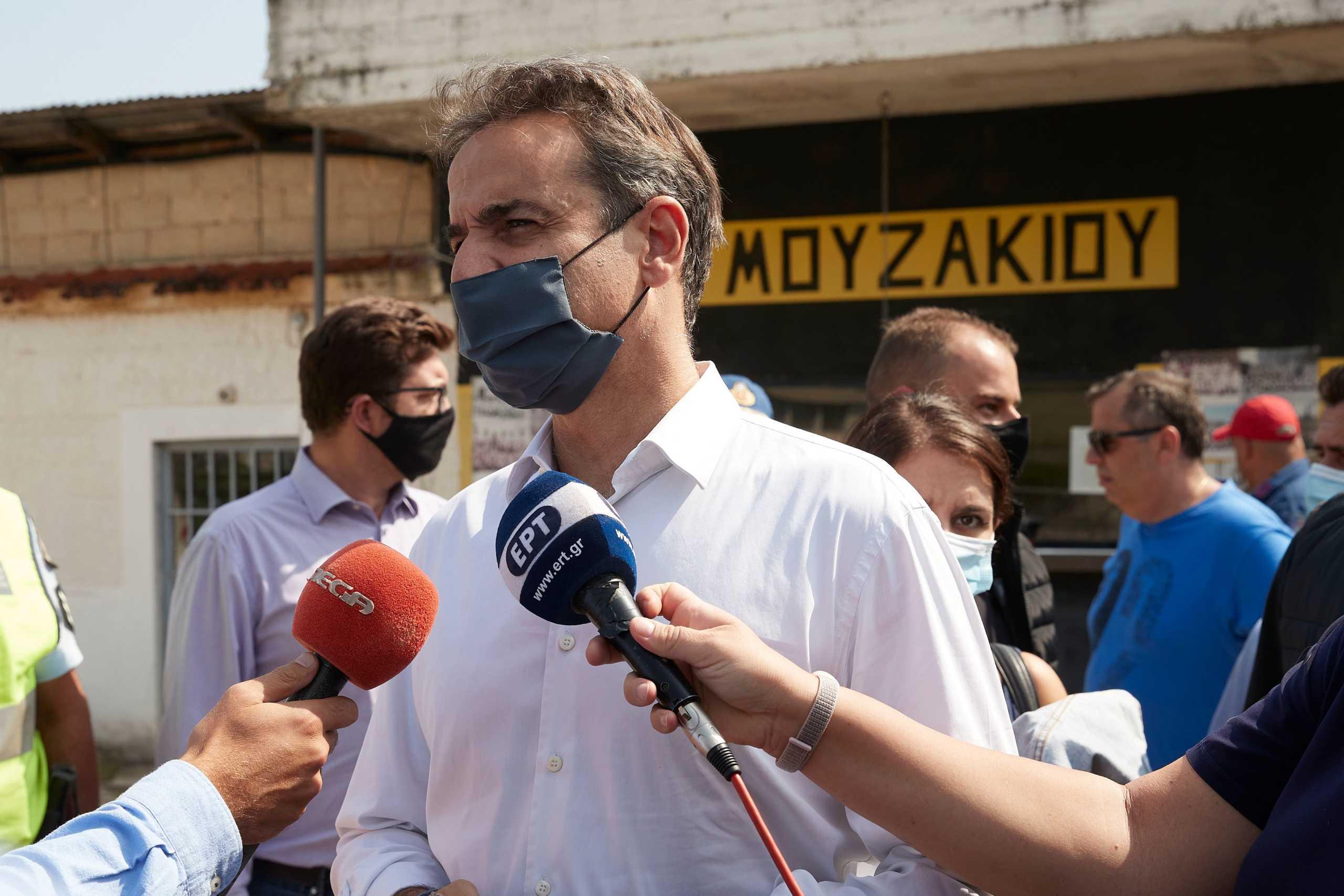 """Μητσοτάκης: Στις πληγείσες περιοχές της Καρδίτσας – """"Αποζημιώσεις χωρίς καμία καθυστέρηση"""""""