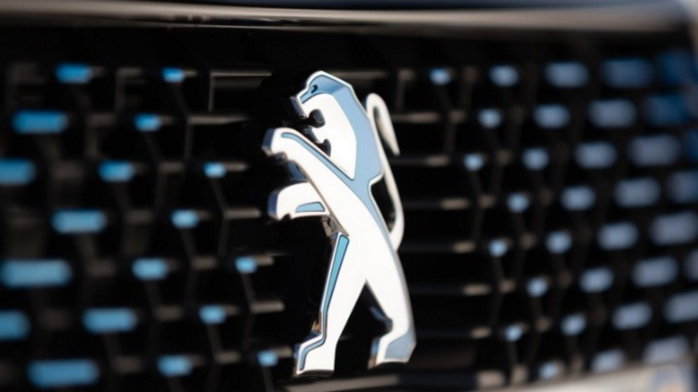 Peugeot: Αλλάζει το ιστορικό της σήμα! (video)