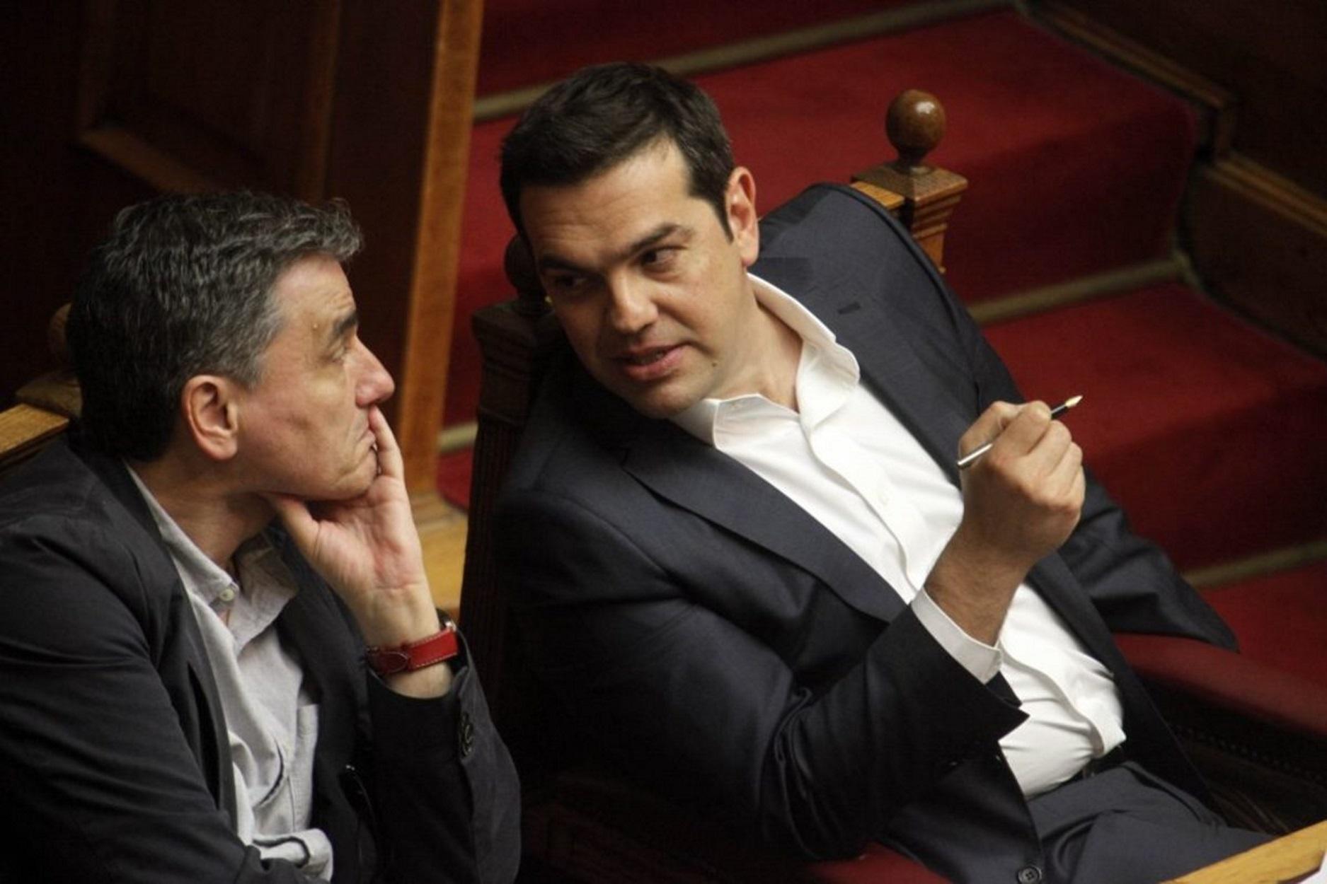 Τσίπρας σε Τσακαλώτο: Οι διαφωνίες μόνο στα κομματικά όργανα – Όλο το παρασκήνιο του μαραθώνιου Πολιτικού Συμβουλίου