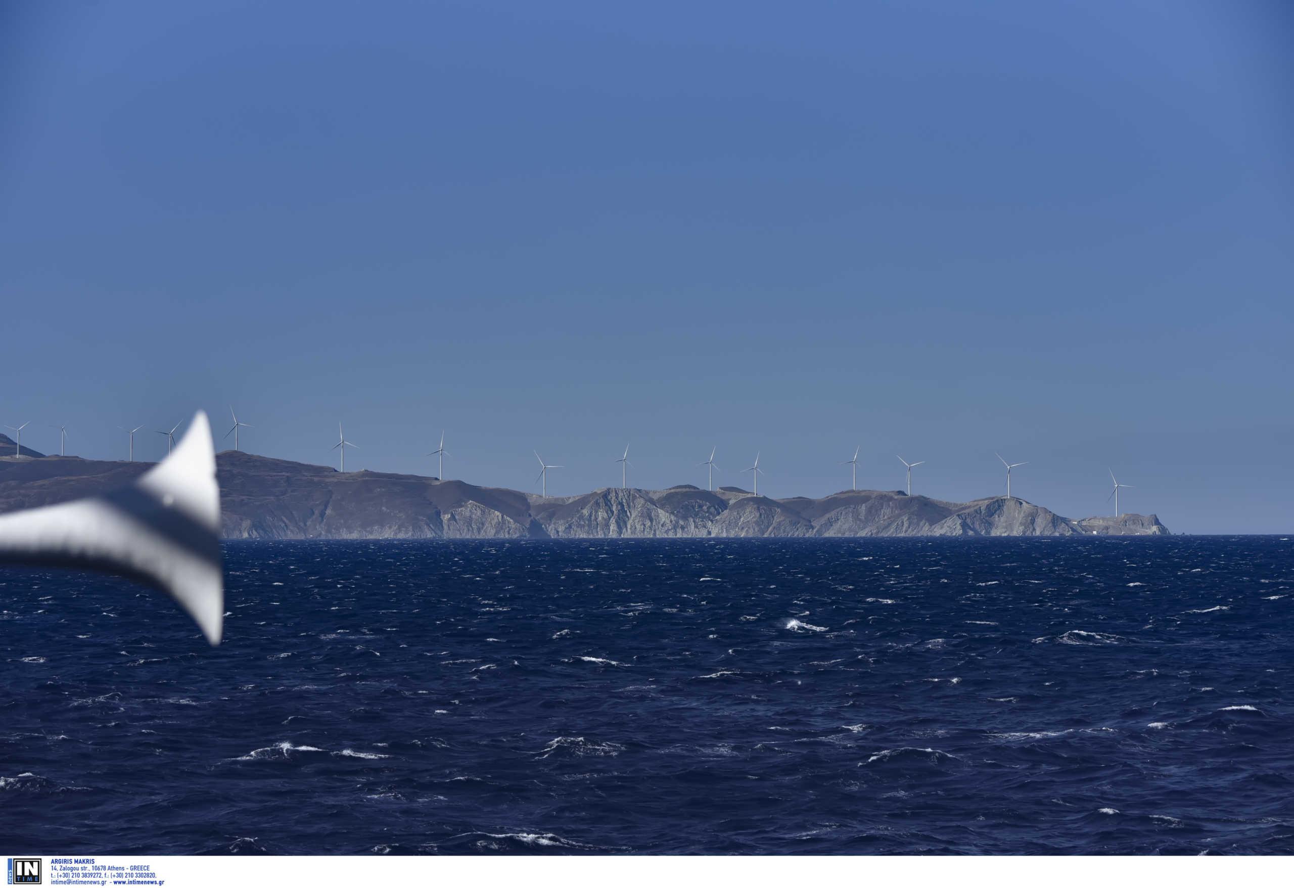 Καιρός αύριο: Παραμένει η ζέστη παρά την μικρή πτώση της θερμοκρασίας – 8 μποφόρ στο Αιγαίο