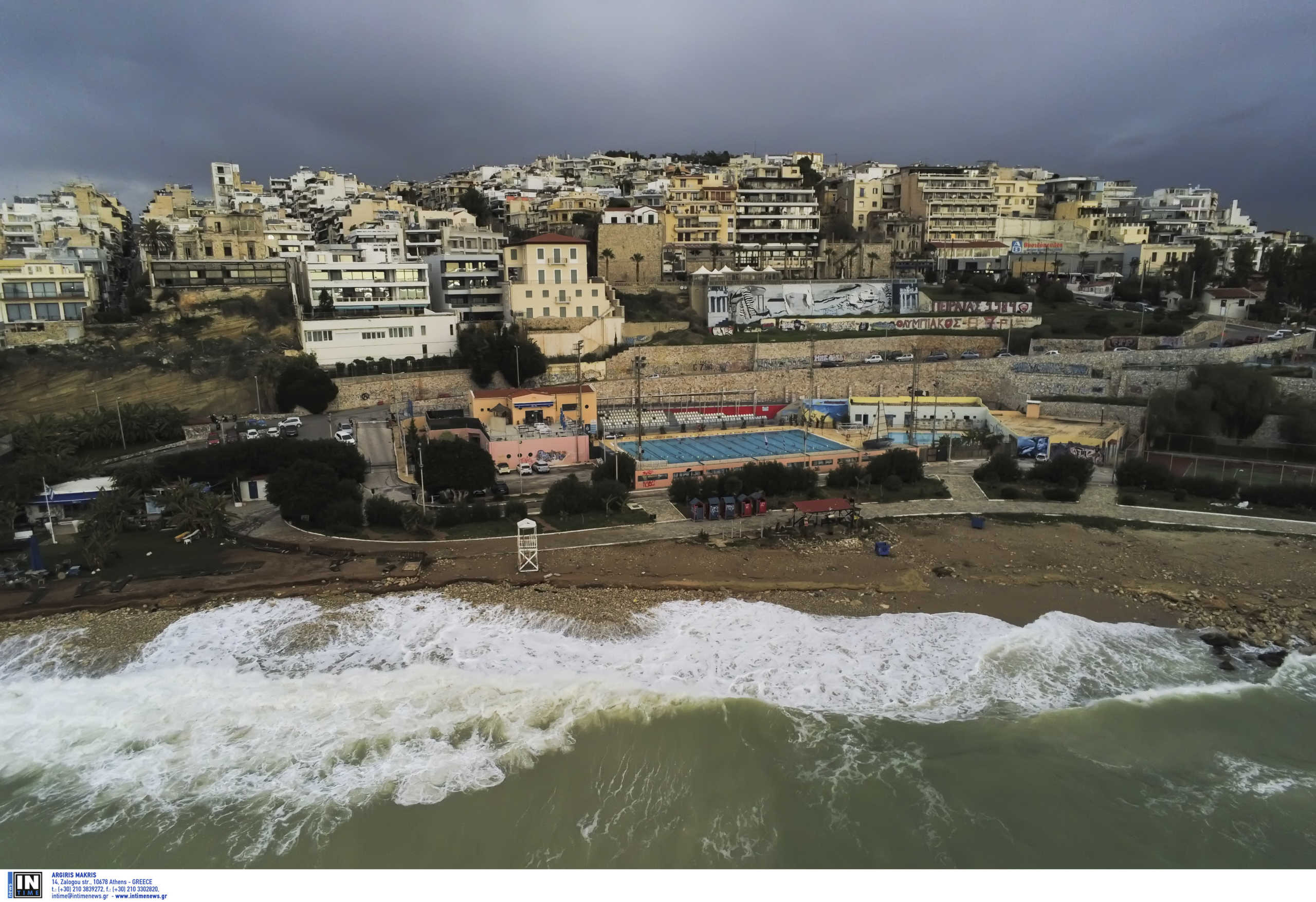 Καιρός: Άνοδος της θερμοκρασίας με τοπικές βροχές και πολλά μποφόρ