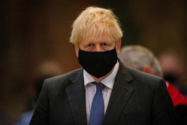 Βρετανία: Στην βαθμίδα «υψηλού συναγερμού» το Λονδίνο και μετά το lockdown – Τέλος η καραντίνα για τον Τζόνσον