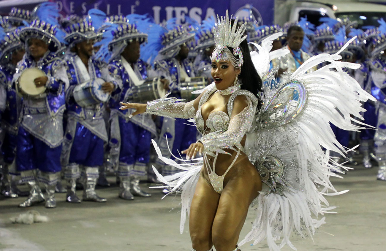 Αποχαιρέτα και το καρναβάλι του Ρίο που χάνεις! Αναβάλλεται επ' αόριστον