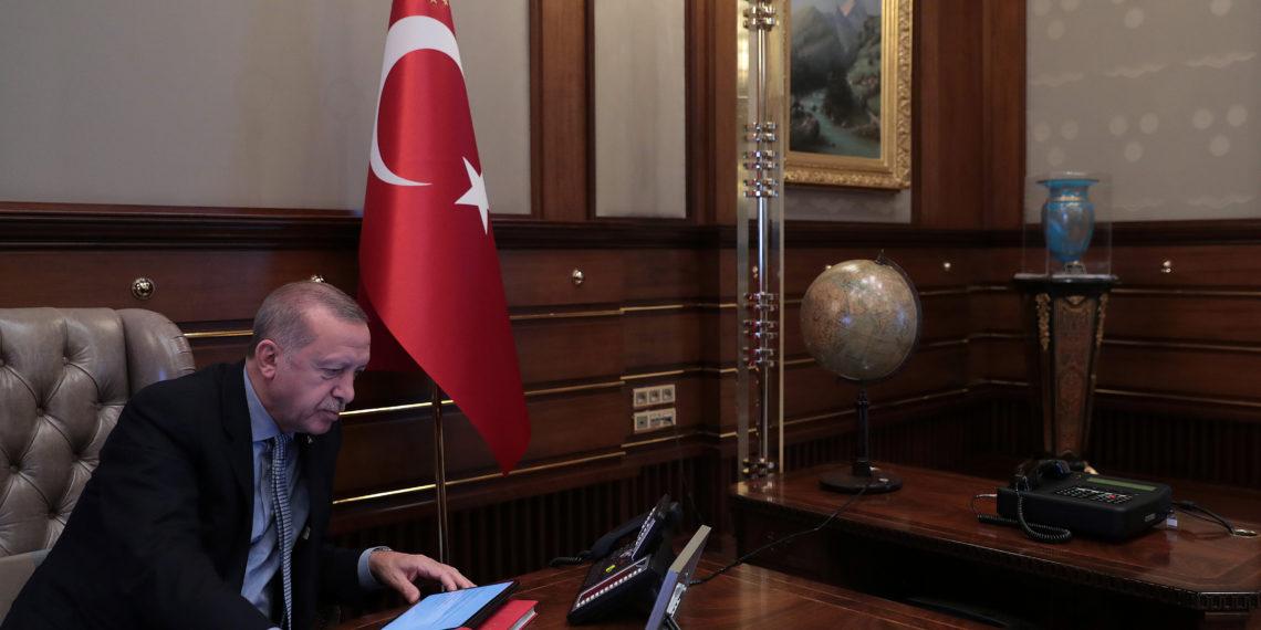Ερντογάν σε φον ντερ Λάιεν: Η Ελλάδα δεν πρέπει να σπαταλήσει την ευκαιρία που της δίνουμε