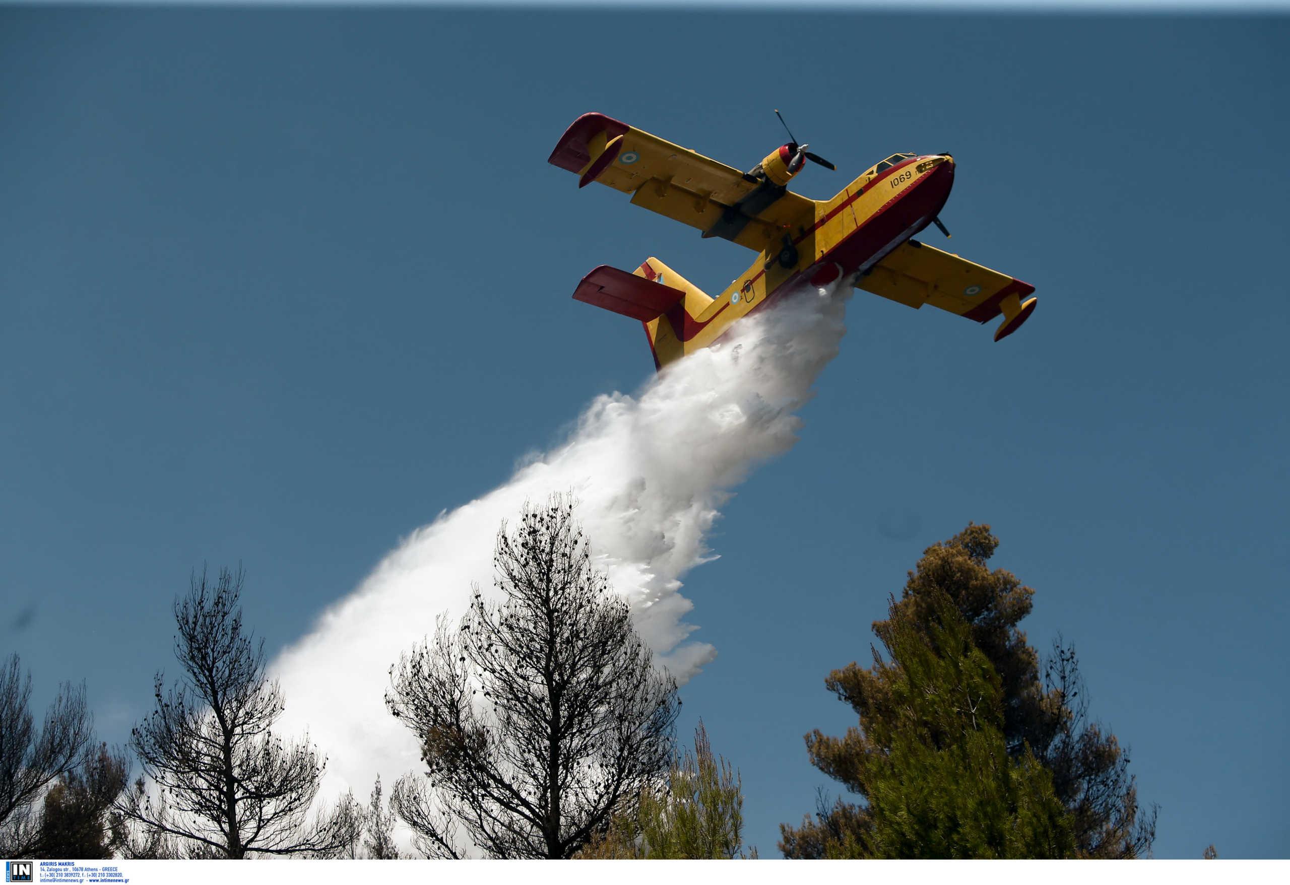Ηράκλειο: Μεγάλη φωτιά πλησιάζει και απειλεί εργοστάσιο! Πρόσθετο εμπόδιο οι ισχυροί νοτιάδες