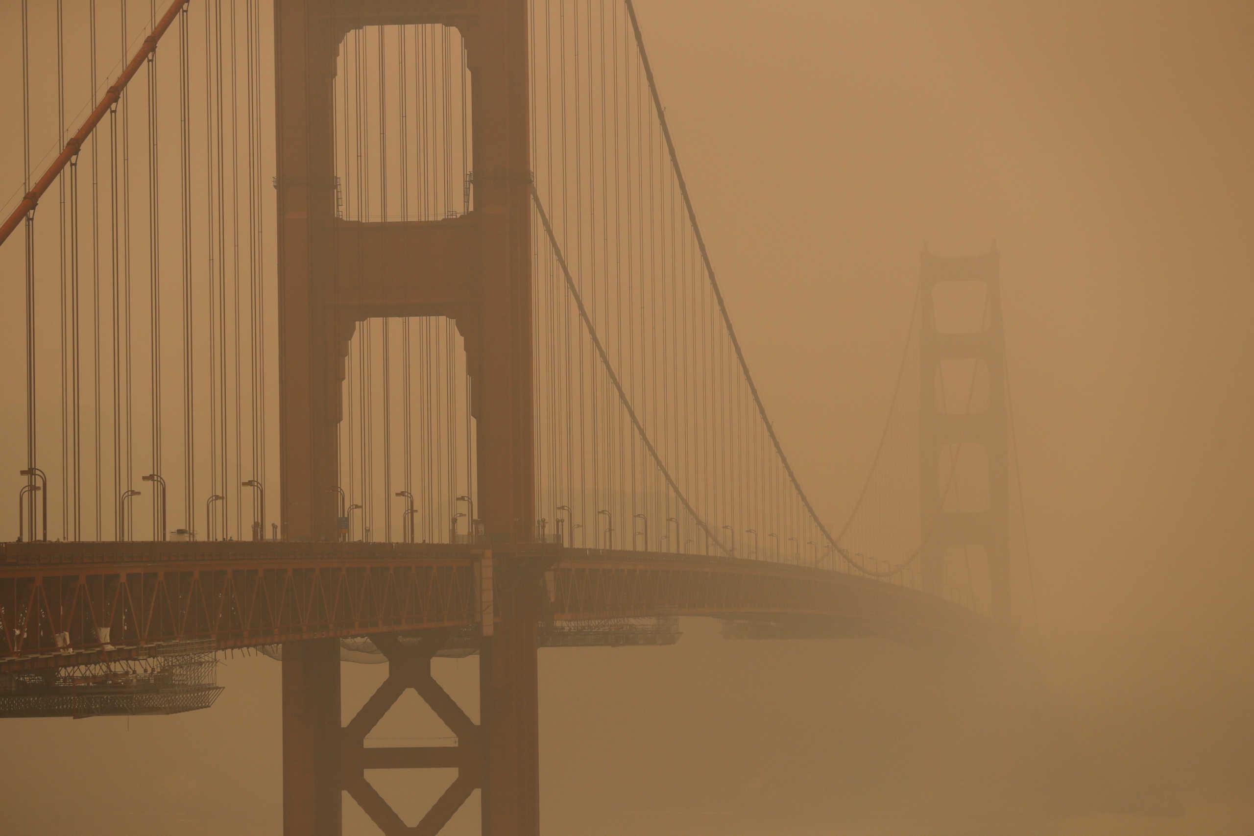 Καταστρέφονται Όρεγκον και Καλιφόρνια! 15 νεκροί και εκατοντάδες χιλιάδες άστεγοι από τις τεράστιες φωτιές (pics)