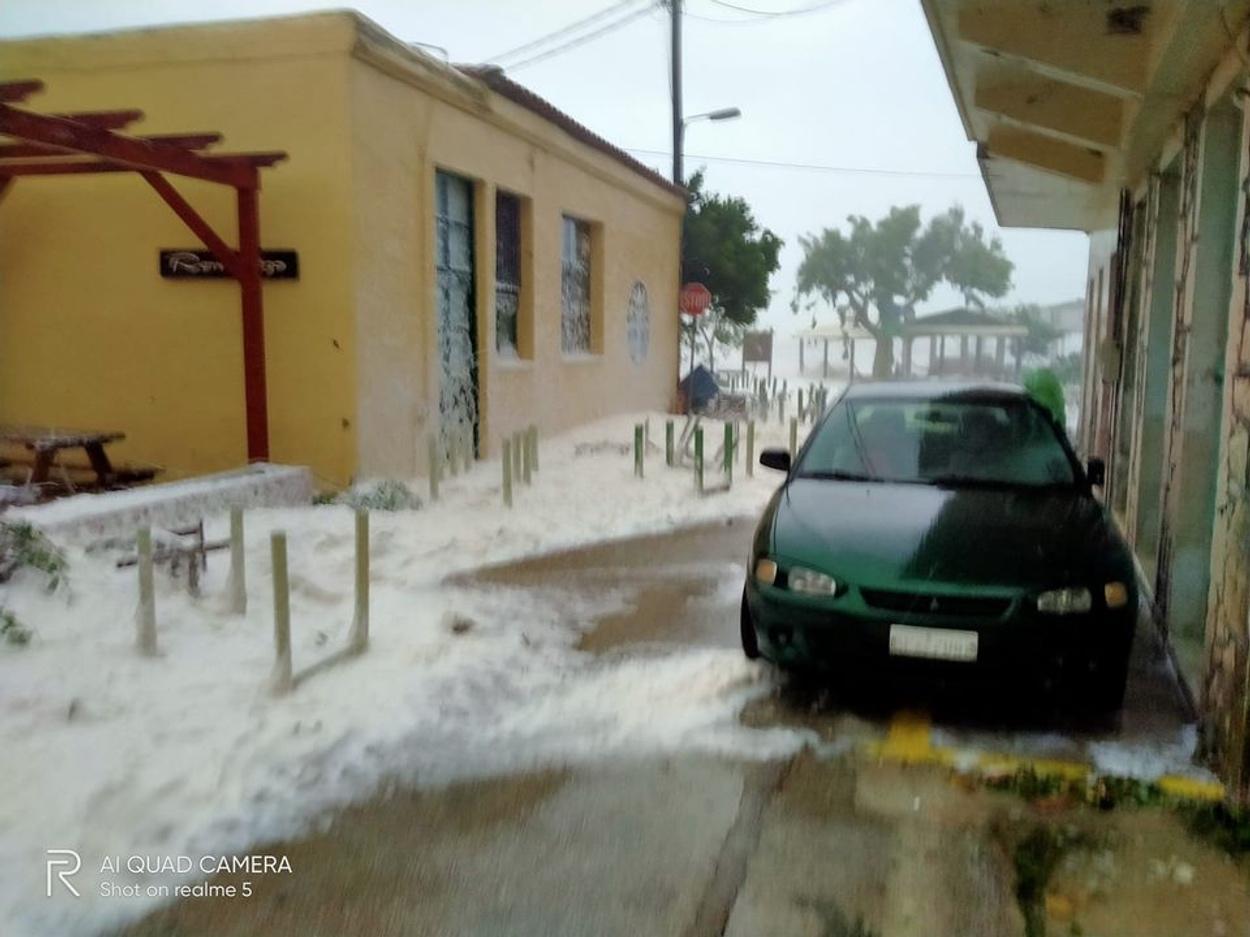 Ιθάκη – Ιανός: Απίστευτες εικόνες από το πέρασμα του μεσογειακού κυκλώνα – Δύσκολες ώρες για το νησί