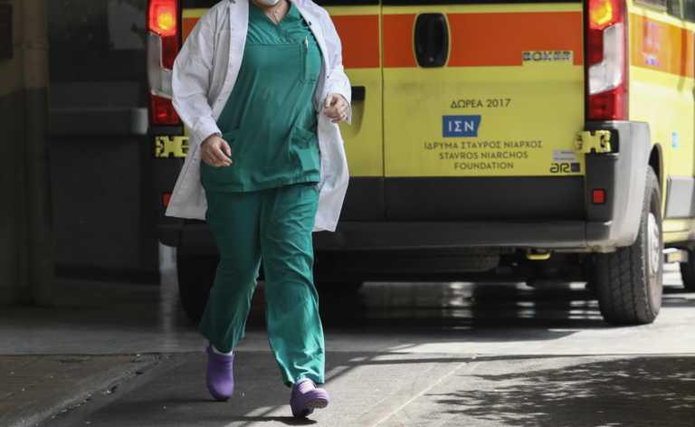 Εξαδάκτυλος: 170 ιδιώτες γιατροί δήλωσαν πρόθεση να βοηθήσουν το ΕΣΥ στη Θεσσαλονίκη