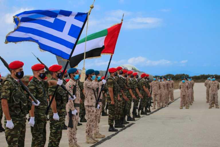 Η συμμαχία Ελλάδας - ΗΑΕ τους ενοχλεί! Σε παράκρουση τα τουρκικά ΜΜΕ από την επίσκεψη του Αρχηγού στη Σούδα (pics)