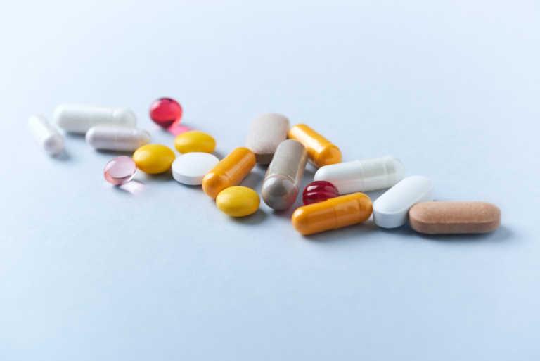 Κορονοϊός: Τι λέει ο Παγκόσμιος Οργανισμός Υγείας για συμπληρώματα βιταμινών και μετάλλων