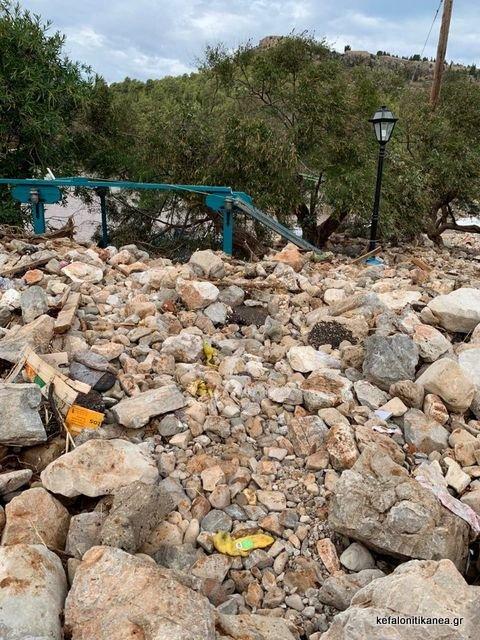 Θάφτηκε ο γραφικός Άσσος! Τρομακτικές καταστροφές έφερε ο Ιανός (pics)