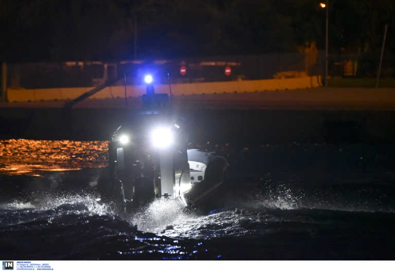 Ακυβέρνητο σκάφος με δυο άτομα στο Ακρωτήρι στα Χανιά
