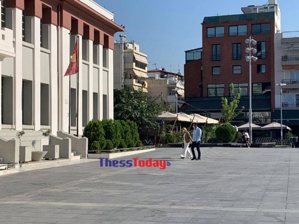 Η Μαρέβα Μητσοτάκη στη Θεσσαλονίκη – Γιατί πήγε στην Καλαμαριά (pics)