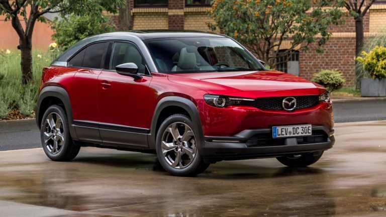 Με τι τιμή ήρθε το ηλεκτρικό Mazda MX-30 στην Ελλάδα; [vid]