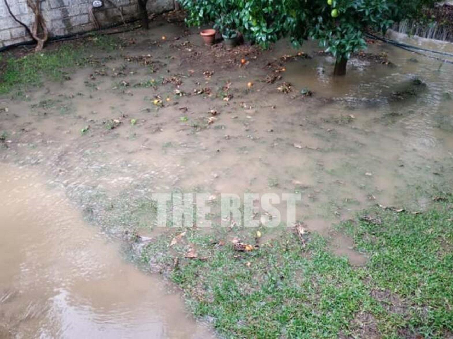 """Πάτρα: Τα παρατημένα έργα έφεραν νέες πλημμύρες! """"Τρέμουμε κάθε φορά που βρέχει"""" (Φωτό και βίντεο)"""