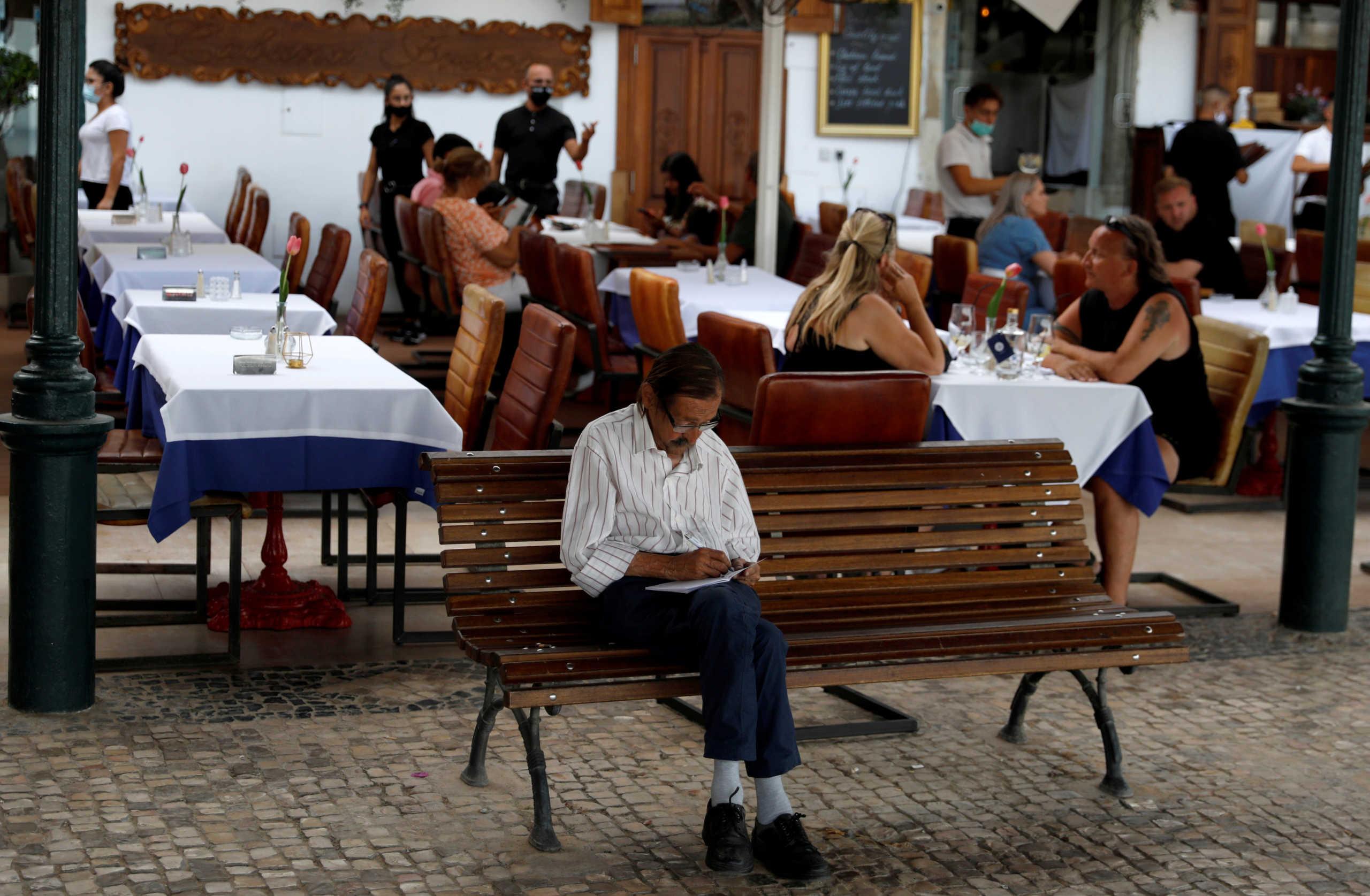 Πορτογαλία: Μερικό lockdown σε τρεις δήμους λόγω κορονοϊού