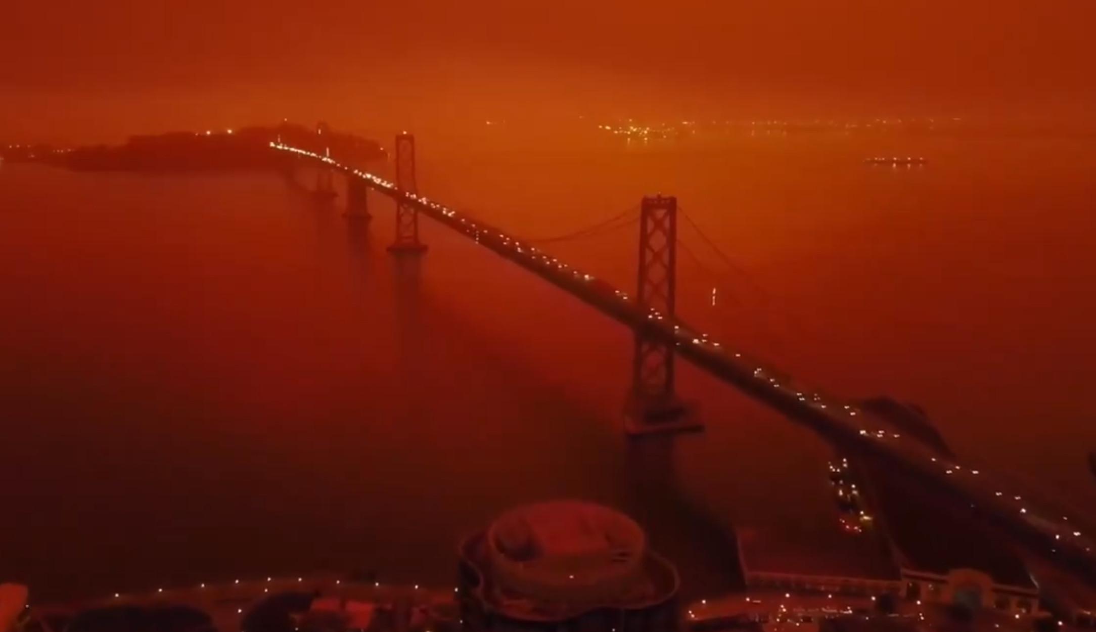 """Βγαλμένο από το… Blade Runner 2049 το Σαν Φρανσίσκο! Το απίστευτο βίντεο με το """"δυστοπικό"""" τοπίο από τις τεράστιες πυρκαγιές"""
