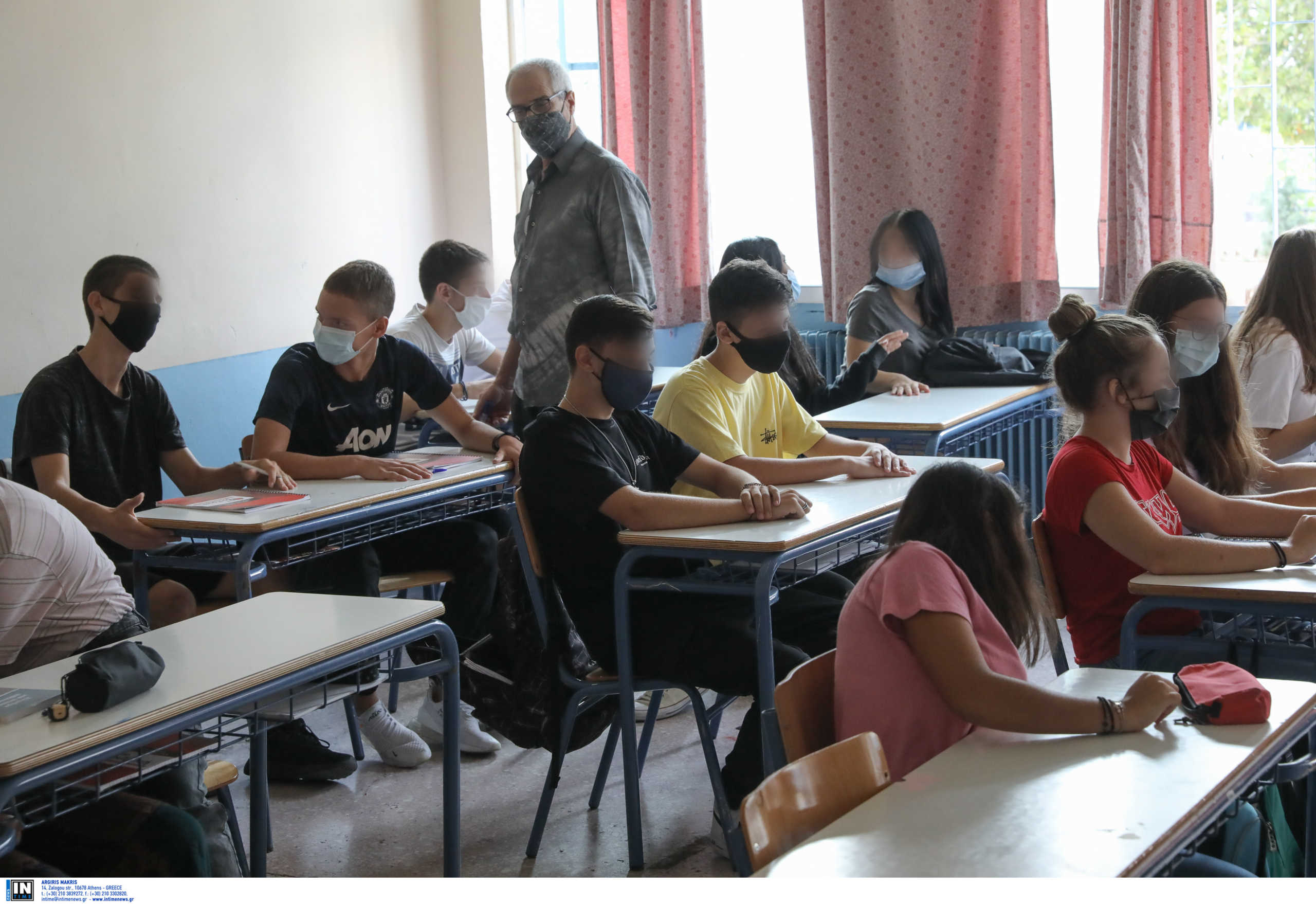 Άνοιγμα σχολείων:Πώς θα γίνει η επιστροφή σε γυμνάσια και λύκεια – Τι θα γίνει με απουσίες και βαθμολογίες