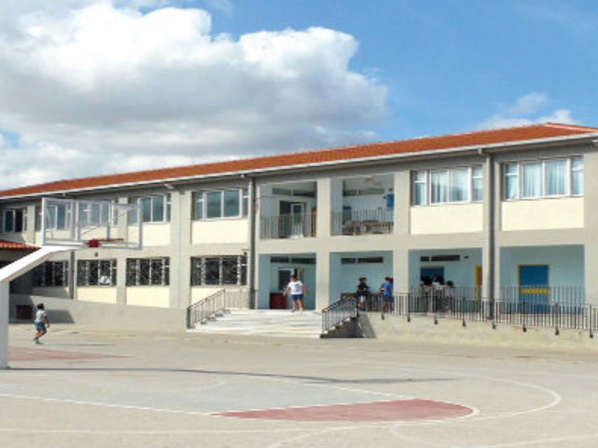 Θεσσαλονίκη: Συνελήφθη 13χρονος που τηλεφώνησε για βόμβα στο σχολείο του!