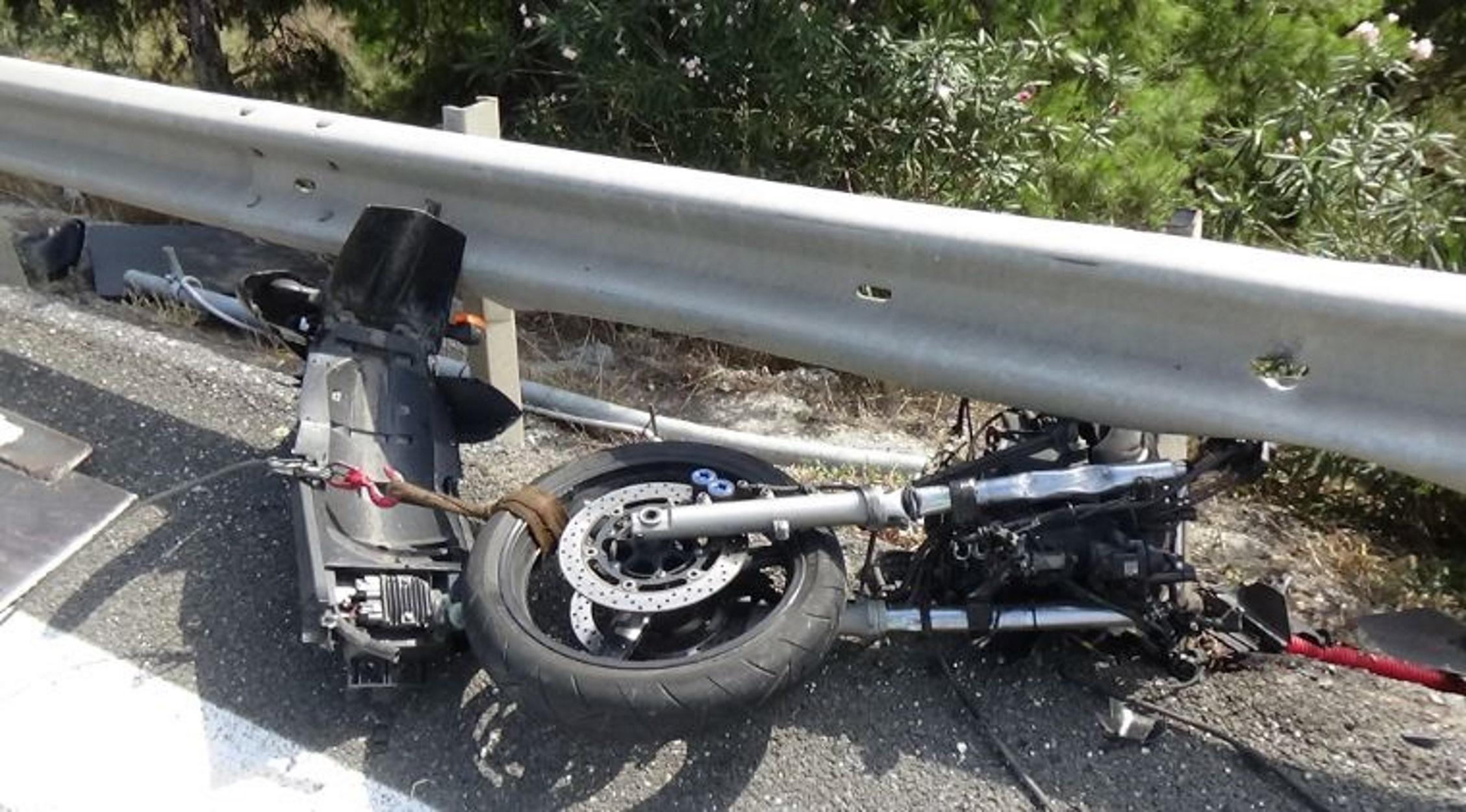Εγνατία Οδός: Έπεσε με τέρμα γκάζι στις μπάρες και σκοτώθηκε (pics, video)