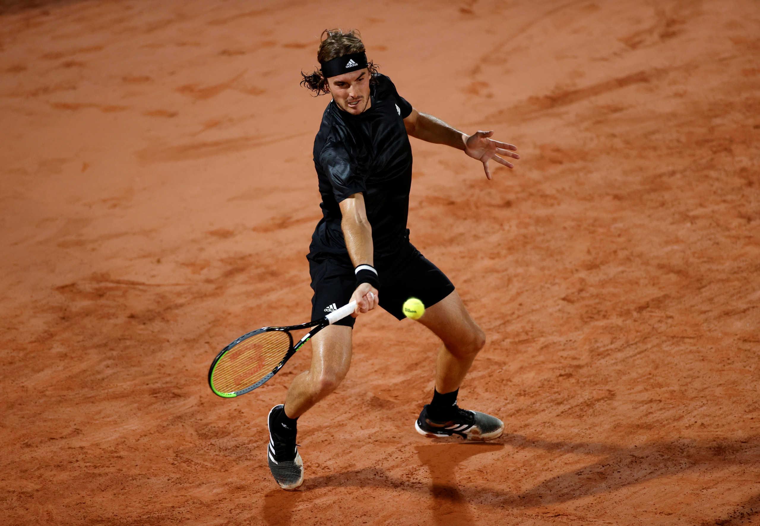 "Roland Garros: Το εντυπωσιακό αφιέρωμα στον Τσιτσιπά – ""Ξέρει να χειρίζεται την πίεση"" (video)"