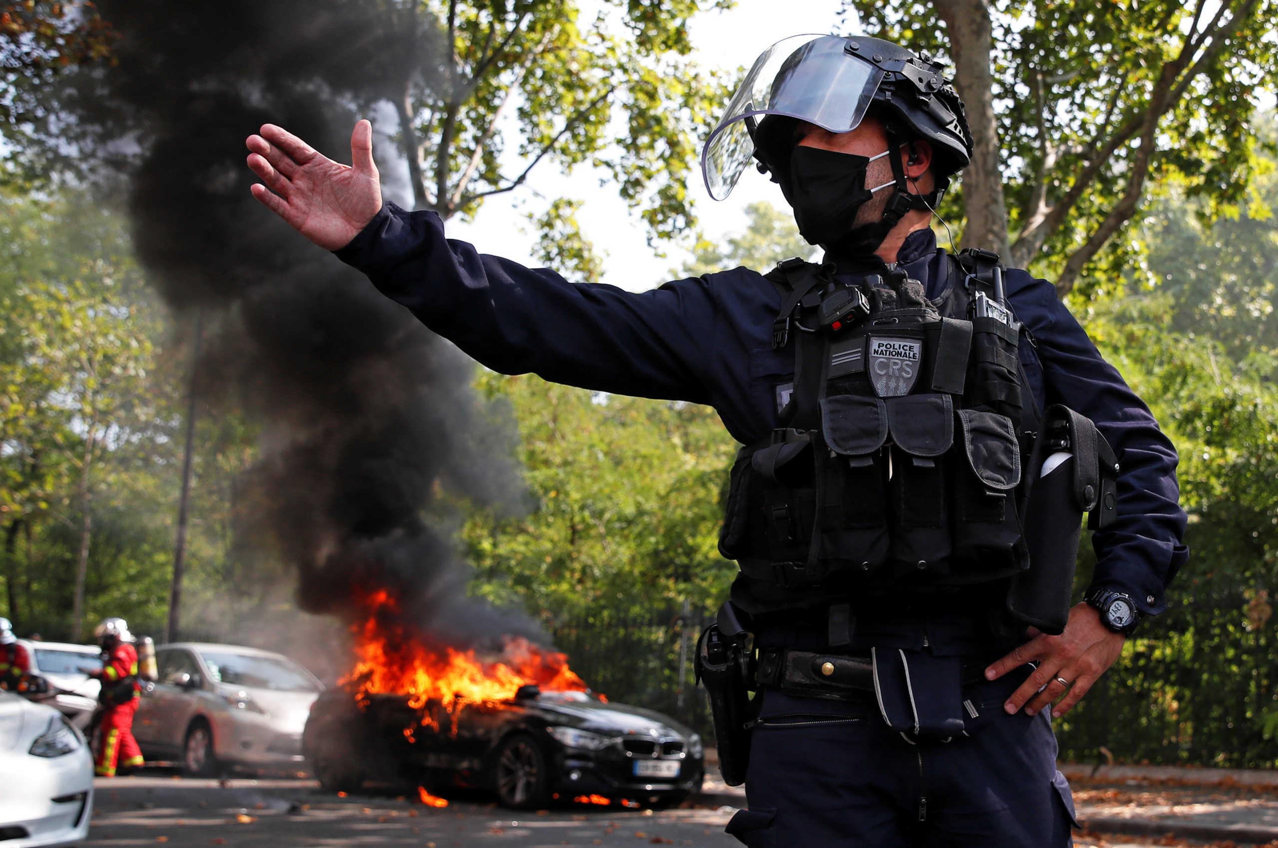 """Γαλλία: 154 συλλήψεις στη διαδήλωση από τα """"Κίτρινα Γιλέκα"""""""