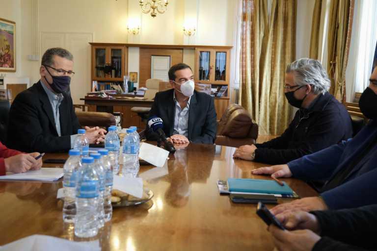 Τσίπρας από Κοζάνη: Κυβερνητική αδράνεια στην ενίσχυση του ΕΣΥ – Άμεση στήριξη με δέσμη έξι μέτρων