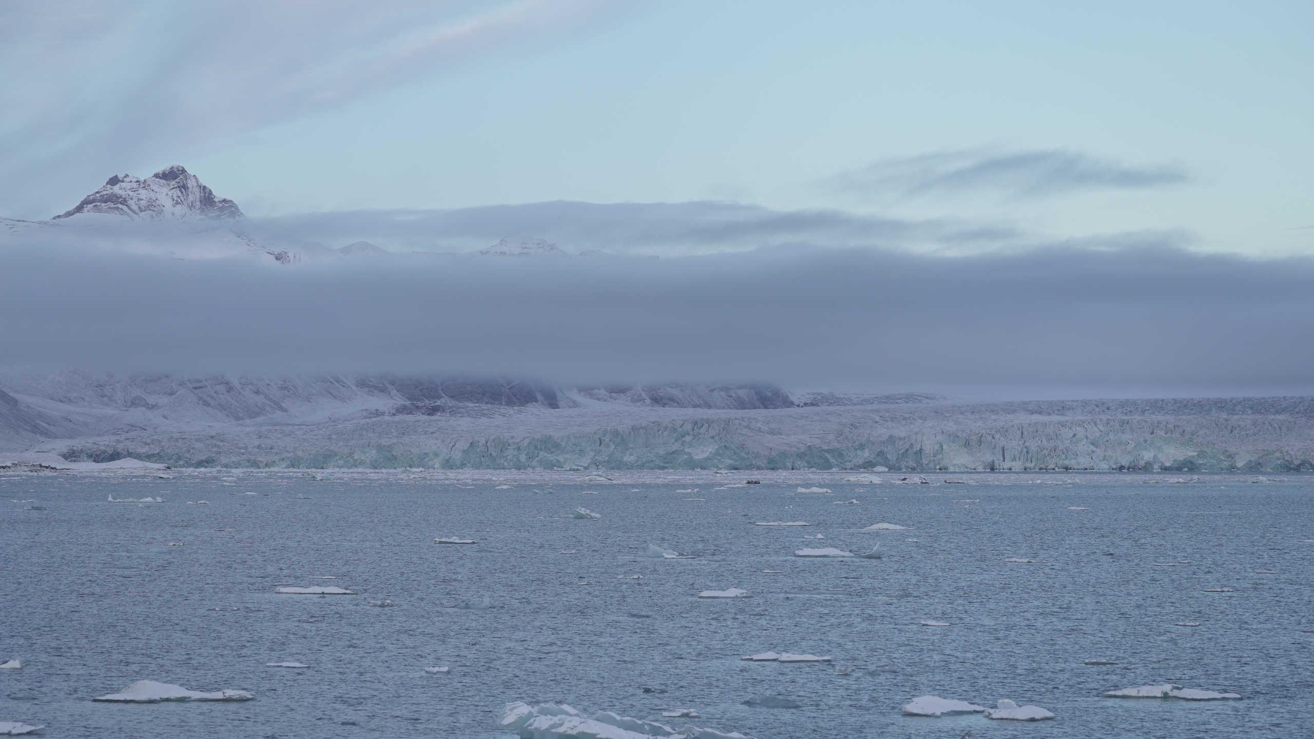 Οι ελβετικοί παγετώνες λιώνουν ταχύτατα – Κινδυνεύουν να εξαφανιστούν το 2100