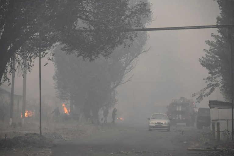 Δεκάδες φονικές φωτιές στην Ουκρανία στη γραμμή του μετώπου με τους φιλορώσους αυτονομιστές