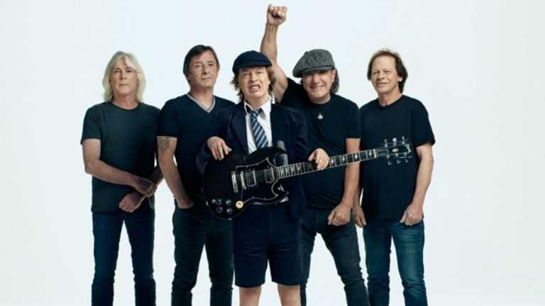 AC/DC: Κατακόκκινο το βιντεοκλίπ του πρώτου τους single από το 2014 (video)