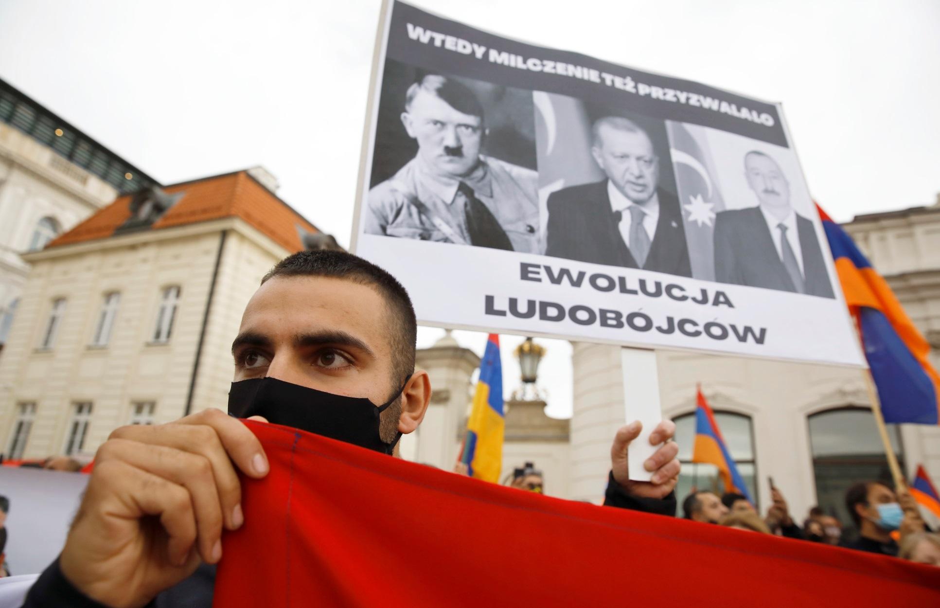 """Ναγκόρνο Καραμπάχ: """"Πόλεμος τρομοκρατίας που υποκίνησε η Τουρκία"""" καταγγέλλει ο Πασινιάν"""