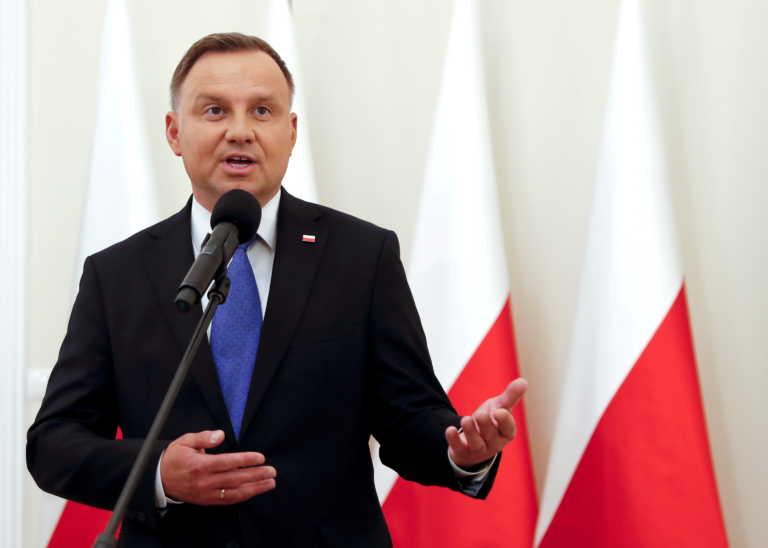 Πολωνία: Ο κορονοϊός χτύπησε τον πρόεδρο Αντρέι Ντούντα