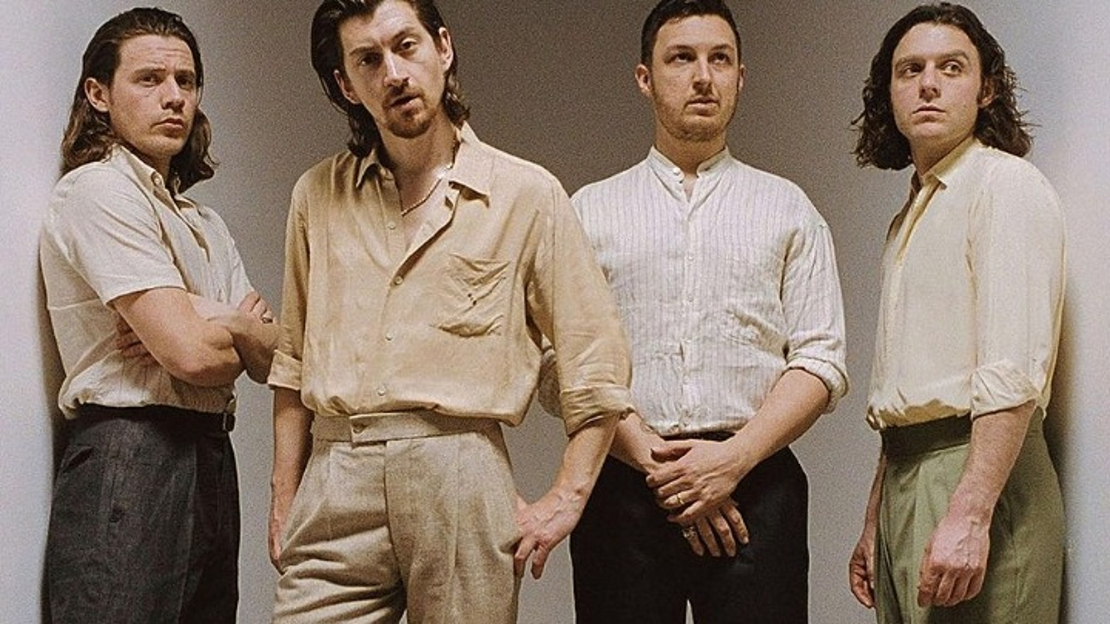 Arctic Monkeys: Άλμπουμ η συναυλία στο Royal AlbertHall
