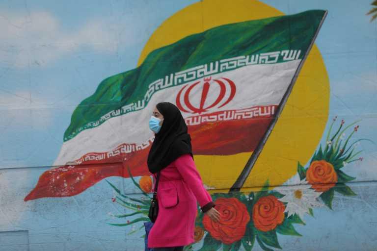 Ιράν: Νέο ρεκόρ ημερήσιων θανάτων από κορονοϊό – Άλλοι 415