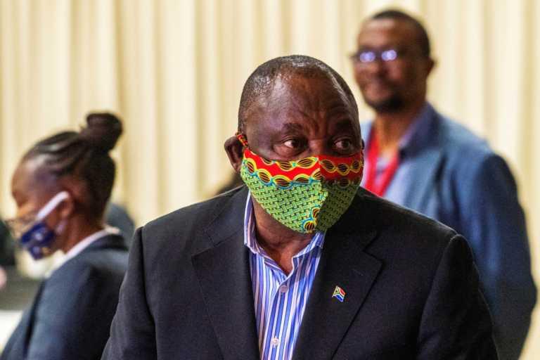 Νότιος Αφρική – κορονοϊός: Σε καραντίνα ο πρόεδρος Ραμαφόζα