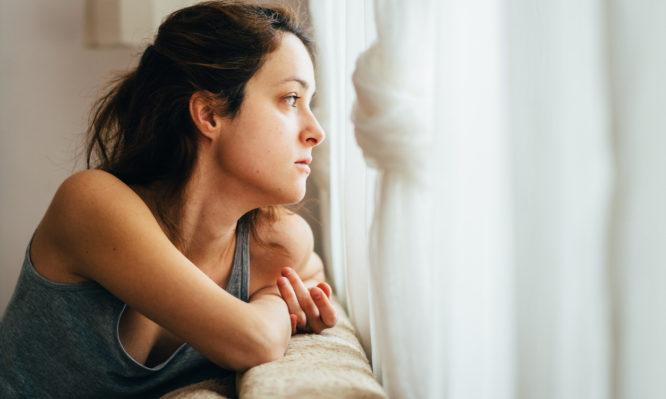 Κορονοϊός: Η κατάθλιψη διπλασιάζει τη θνησιμότητα από βαριά νόσο Covid-19