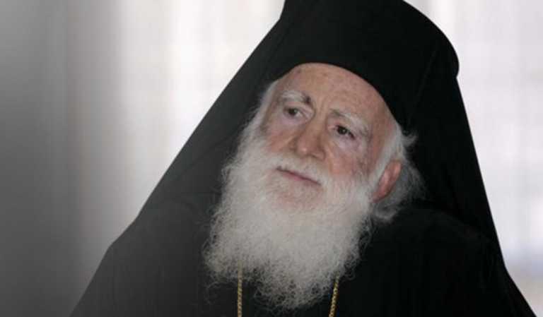 """""""Συγκρατημένα αισιόδοξοι"""" οι γιατροί για τον Αρχιεπίσκοπο Κρήτης"""