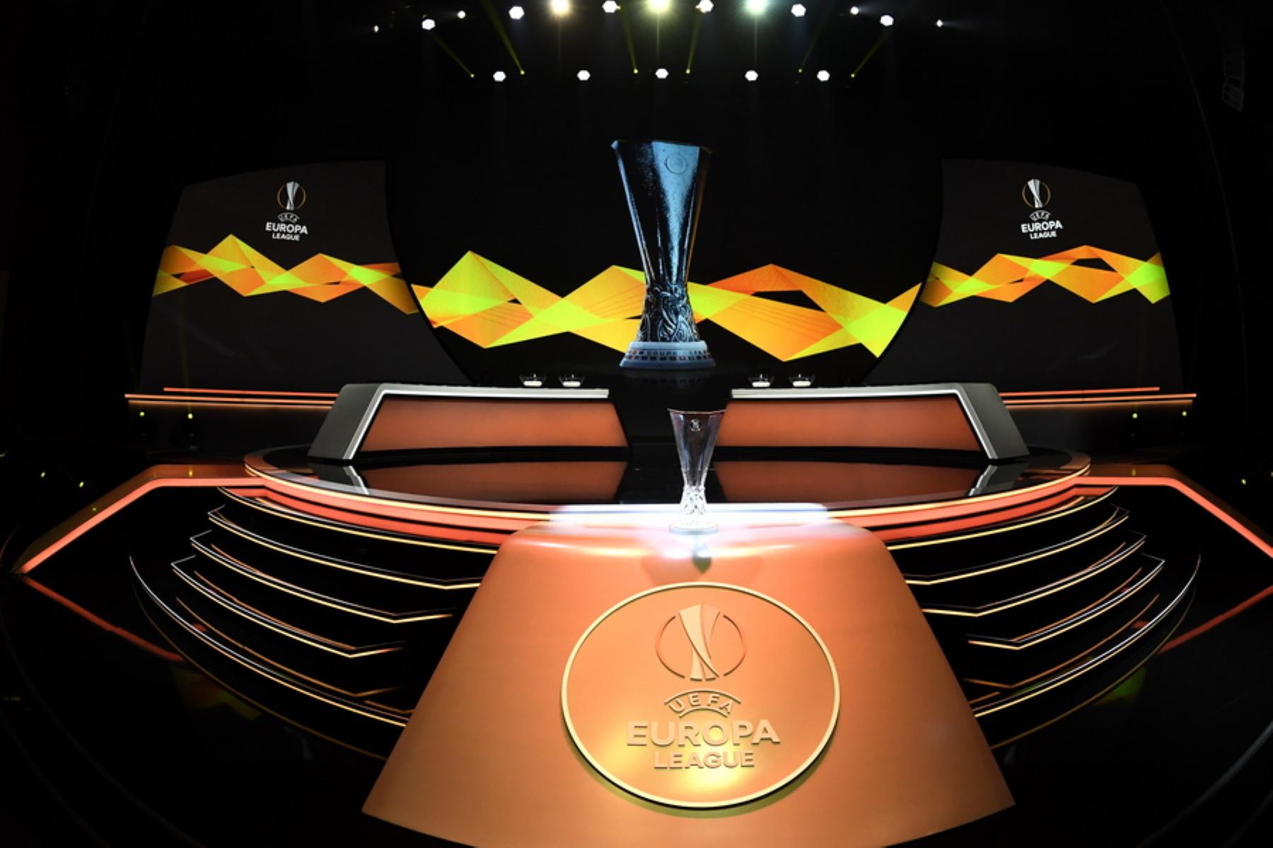 Europa League: Τα ζευγάρια των «16»