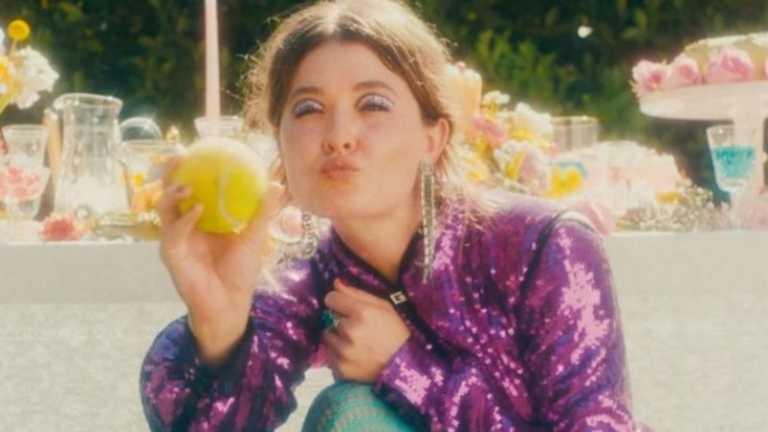 Ελ Φάνινγκ, Έμα Κόριν σκηνοθετούν σειρά ταινιών του οίκου Gucci