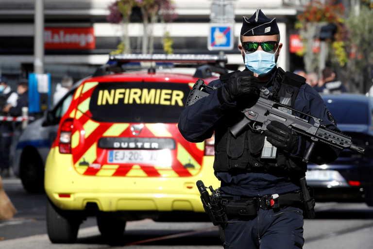"""Γαλλία: Διεθνής καταδίκη των αιματηρών επιθέσεων από ισλαμιστές σε Νίκαια και Αβινιόν – """"Όχι στον φανατισμό"""""""