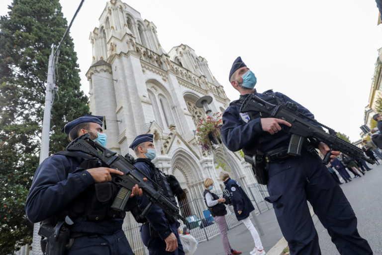 Γαλλία: Απέτρεψαν νέα αιματηρή επίθεση – Αφγανός ο δράστης με μαχαίρι 30 εκατοστών
